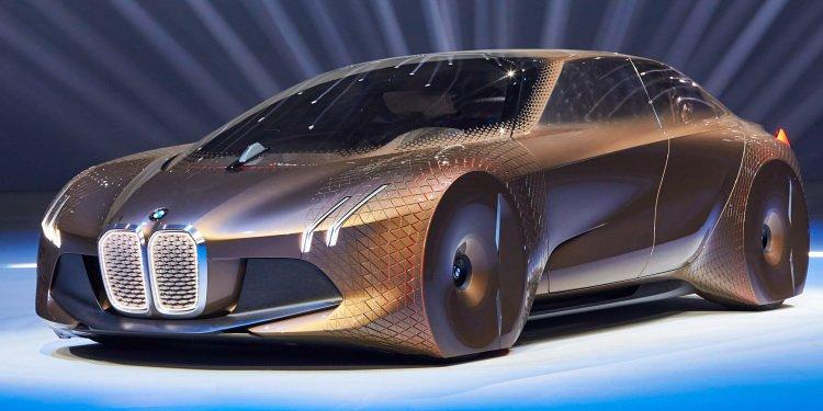 BMW iNext – vozači će moći spavati za volanom