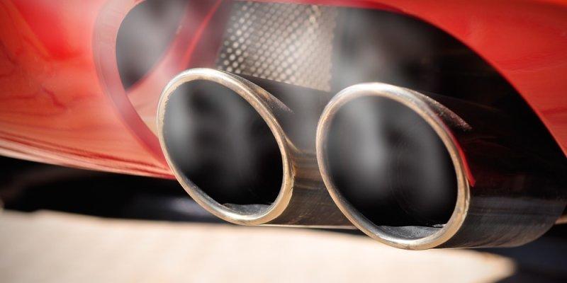 Izpusti CO2 pri avtomobilih in težave pri merjenju