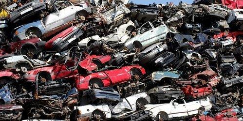 Življenjska doba avtomobila – kdaj je čas za odvoz na odpad?