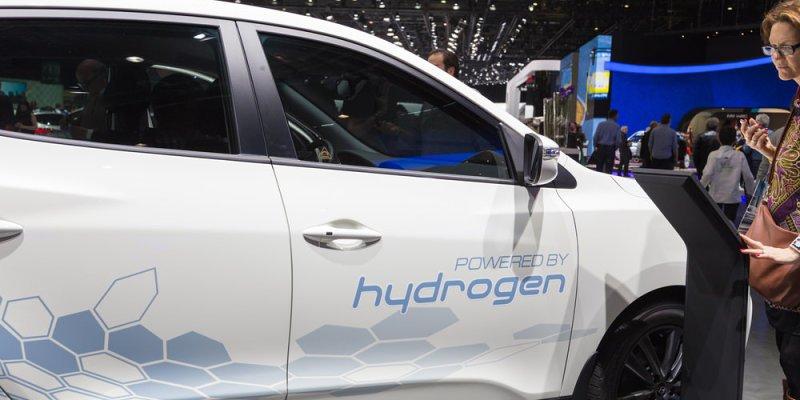 Kako delujejo vozila na vodik?