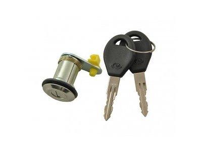 Cilinder prtljažnega prostora Nissan Micra 93-03 + ključi