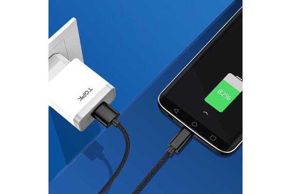 Kabel USB - 8pin, AN18, 3A, 1m, črn