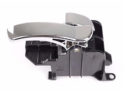 Kvaka (unutrašnja) za vrata Nissan Navara 05-16, komplet