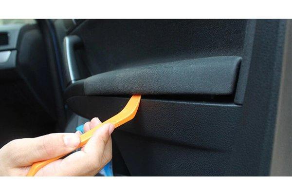 Set alata i plastika za demontažu unutrašnjih delova u automobilu - Silux Parts (12 komada)