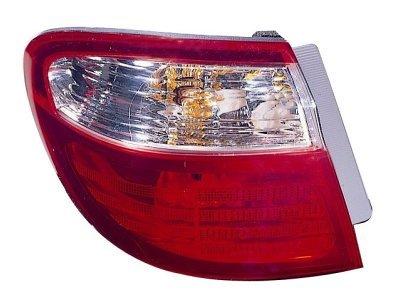Zadnja luč Nissan Maxima QX 00-03 zunanji del