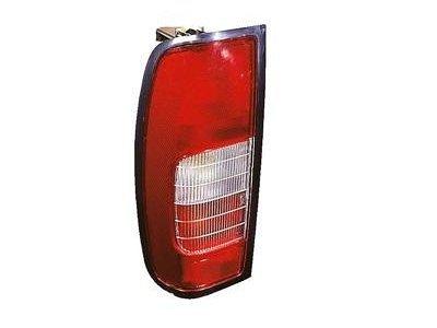 Zadnja luč Nissan Pick-up 98-