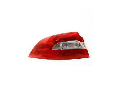 Zadnje svjetlo Škoda Superb 13-, vanjski dio, sedan